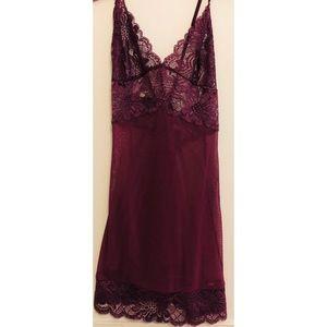 Vntg Fredericks of Hollywood Purple Lace Nightie S